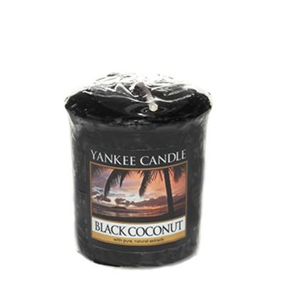 Black Coconut Votivkerze von Yankee Candle