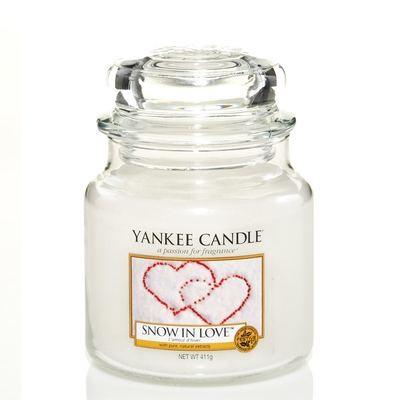 Snow in Love M 411 g von Yankee Candle